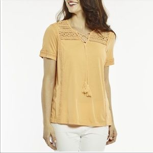 ➕ Lace Inset Orange Tassel Top NWT